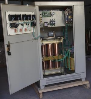 sbw-20kva三相全自动补偿式电力稳压器